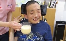 【Ma-Na】フルーツミックスジュース作り🍌🍊🍑🥛